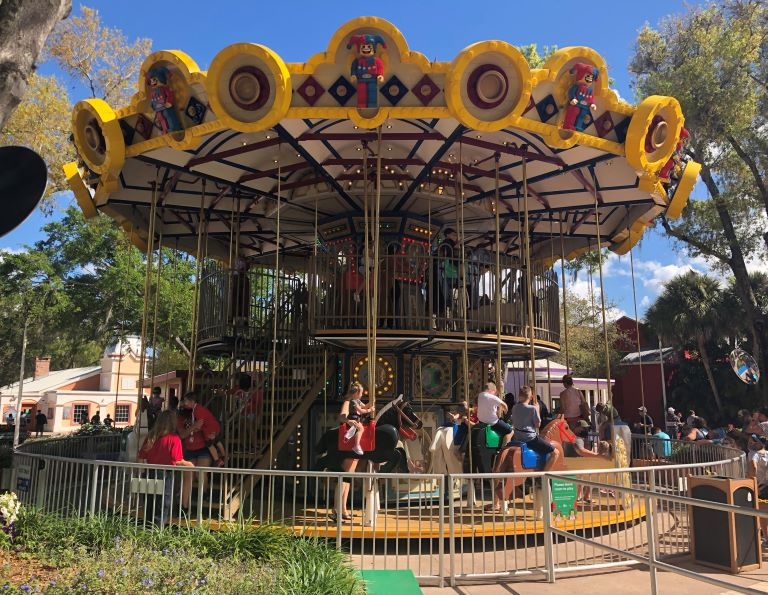 what to know before going to legoland florida carousel