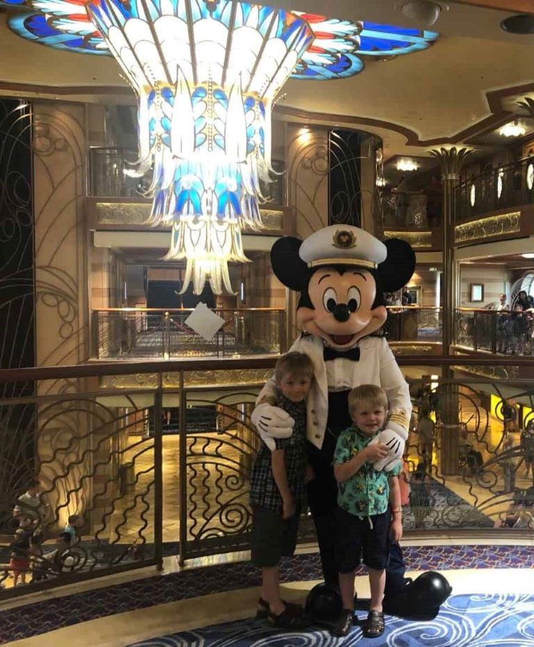 ultimate disney cruise packing list mickey