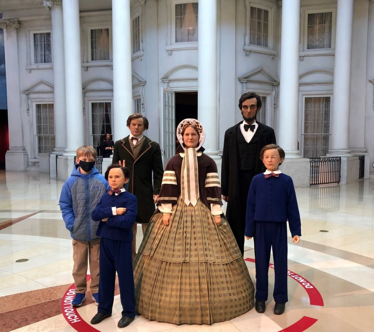 lincoln museum springfield illinois admission price family