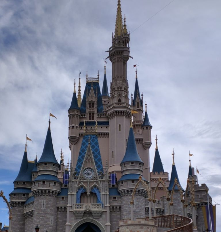 How to get travel points without a credit card Disney Castle