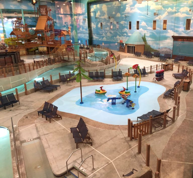 pictures of great wolf lodge water park